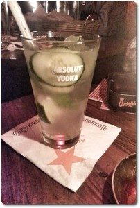 Foto: Der Moscow Mule mit pieces of cucumber